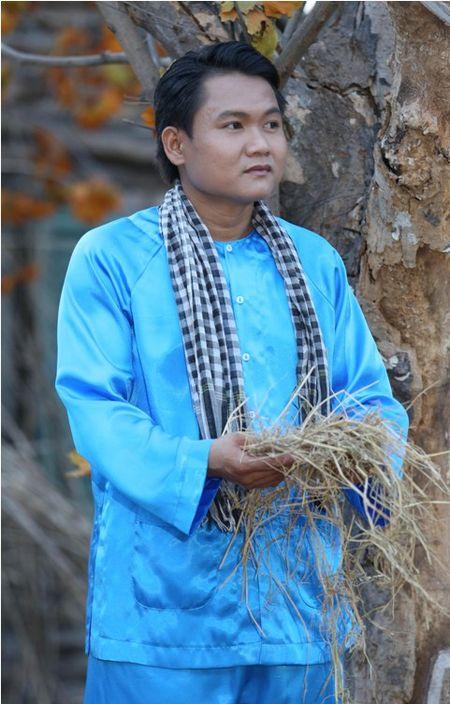 Dien vien Thanh Tuan: 'Khan gia nho toi, co le do cai mat toi gia hon tuoi…' - Anh 1