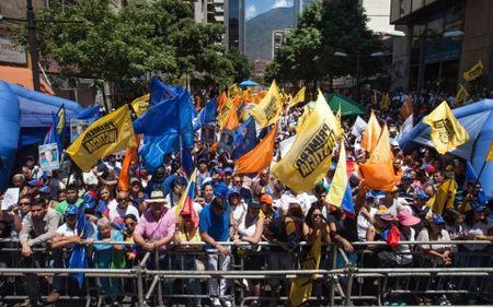 Tong thong Venezuela tuyen bo khong trung cau y dan y trong nam nay - Anh 1