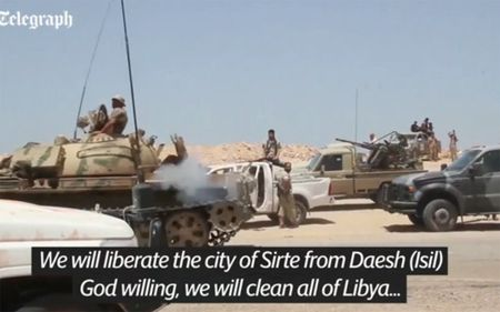 Quan doi Libya tien vao Sirte sau tran giao tranh ac liet voi IS - Anh 7