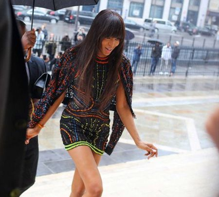 Ao khoac - Vat bat ly than cua tin do o Paris Fashion Week - Anh 2