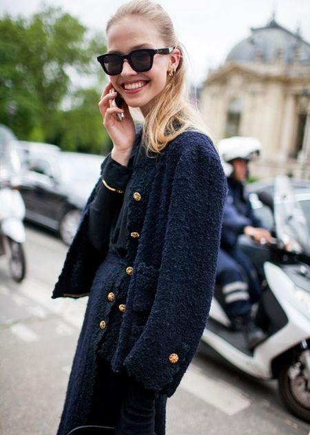 Ao khoac - Vat bat ly than cua tin do o Paris Fashion Week - Anh 5
