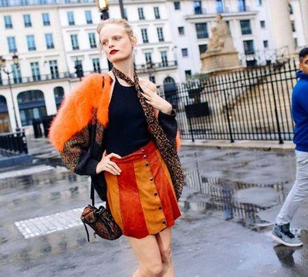 Ao khoac - Vat bat ly than cua tin do o Paris Fashion Week - Anh 6