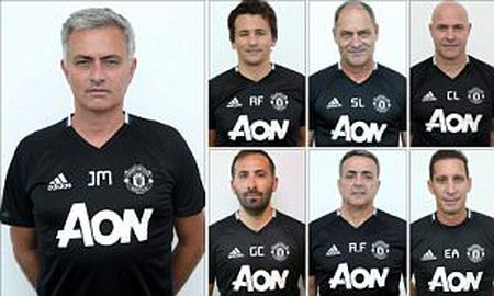 Jose Mourinho chot xong bo sau tai MU - Anh 1