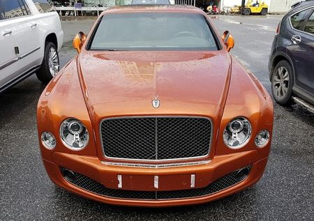 "Cap doi ""hang doc"" Bentley Mulsanne Speed ve Ha Noi - Anh 1"