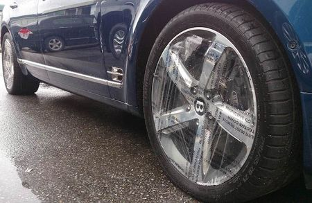 "Cap doi ""hang doc"" Bentley Mulsanne Speed ve Ha Noi - Anh 9"