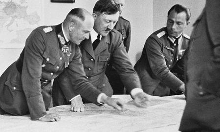 Mo xe ke hoach hoang tuong dong troi cua Hitler - Anh 1
