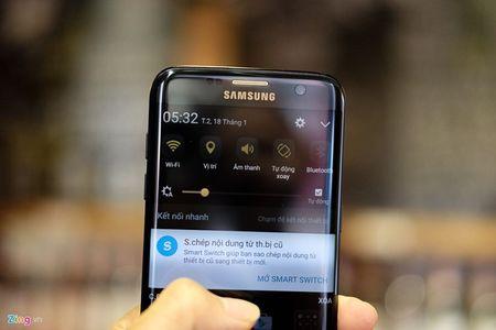 Anh tuyet dep cua Galaxy S7 edge ban Batman gia 25 trieu - Anh 13