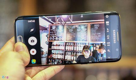 Anh tuyet dep cua Galaxy S7 edge ban Batman gia 25 trieu - Anh 17