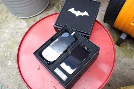 Anh tuyet dep cua Galaxy S7 edge ban Batman gia 25 trieu - Anh 3