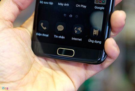 Anh tuyet dep cua Galaxy S7 edge ban Batman gia 25 trieu - Anh 9