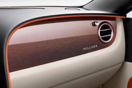 """""""Soi"""" sieu xe sang Bentley Continental GT Convertible hang thua - Anh 5"""