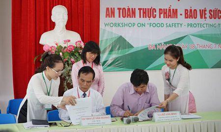 Hoi thao 'An toan thuc pham-Bao ve suc khoe cong dong' - Anh 1