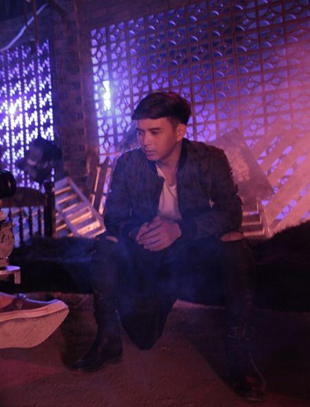 MV kinh di mo ta cam giac khi ngao da cua Ho Quang Hieu - Anh 2