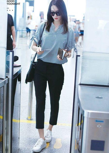 Kpop style 8/7: IU cute voi toc mai thua, Tae Yang lo chan ngan - Anh 6