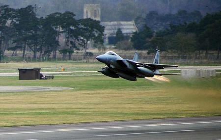 Anh lo khong du trang bi ho tro tiem kich F-35 - Anh 1