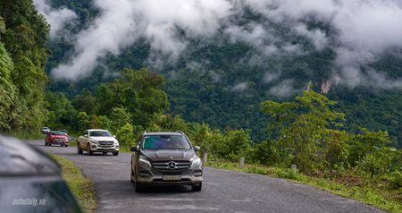 Mercedes-Benz SUVenture: Hanh trinh bi an (ngay 2) - Anh 2