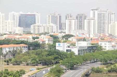 Bat dong san 24h: Tranh chap, nao loan tai Big C Da Nang - Anh 1