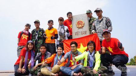 """Nu phuot thu """"tron nha"""" di xuyen Viet 7500 km bang xe may - Anh 6"""