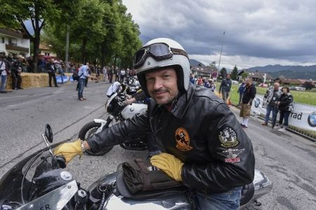 Hon 35.000 fan do ve ngay hoi moto BMW lon nhat nam - Anh 12