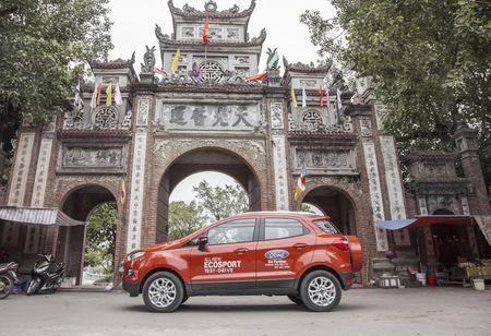 Ford Viet Nam dat doanh so tang 52% - Anh 2