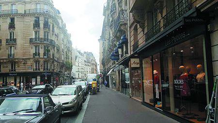 Thu EURO: Paris mua 'xon' - Anh 2