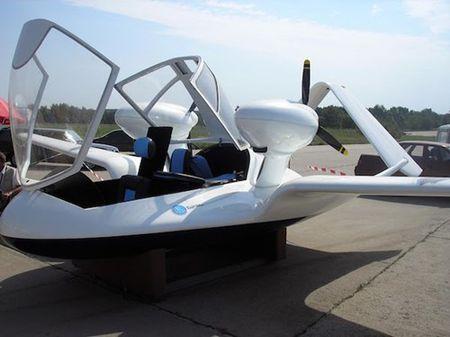 Kham pha 'hang nong' UAV co tam bay xa mot nghin cay so - Anh 1