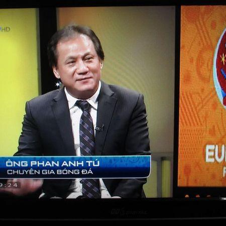 Chuyen gia Phan Anh Tu: 'Khong phong toa duoc Ronaldo thi chet' - Anh 1