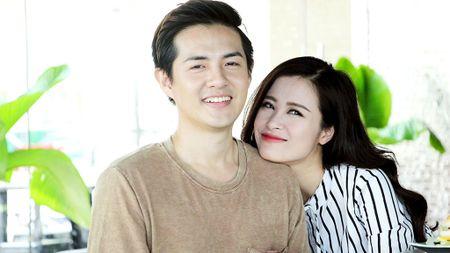 Dong Nhi - Ong Cao Thang lam MV ky niem 8 nam yeu nhau - Anh 1