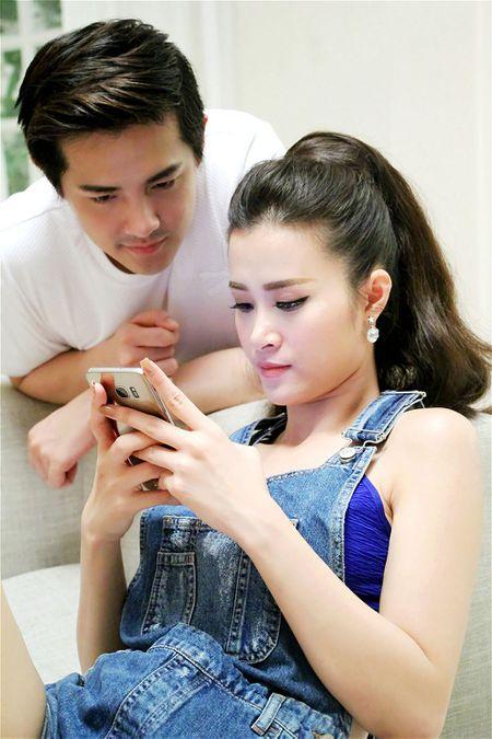 Dong Nhi - Ong Cao Thang lam MV ky niem 8 nam yeu nhau - Anh 2
