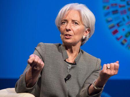 IMF: Brexit se khong day kinh te the gioi den suy thoai - Anh 1