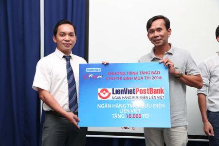 Tang 160.000 to Bao Thanh Nien cho thi sinh - Anh 10
