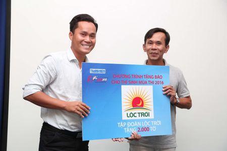 Tang 160.000 to Bao Thanh Nien cho thi sinh - Anh 12