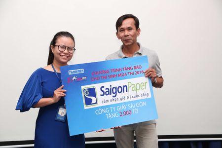 Tang 160.000 to Bao Thanh Nien cho thi sinh - Anh 13