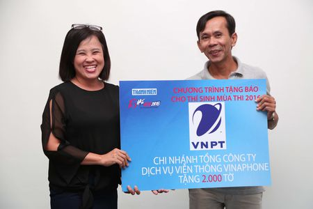 Tang 160.000 to Bao Thanh Nien cho thi sinh - Anh 14
