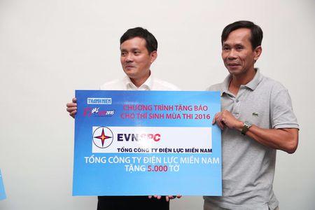 Tang 160.000 to Bao Thanh Nien cho thi sinh - Anh 6