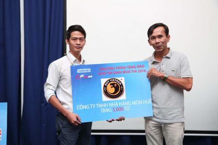 Tang 160.000 to Bao Thanh Nien cho thi sinh - Anh 8