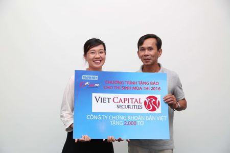 Tang 160.000 to Bao Thanh Nien cho thi sinh - Anh 9