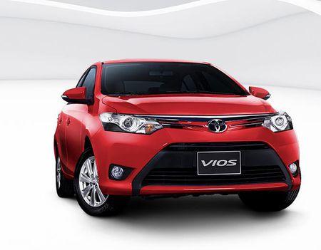 Toyota dong loat giam gia nhieu dong xe tai Viet Nam - Anh 1