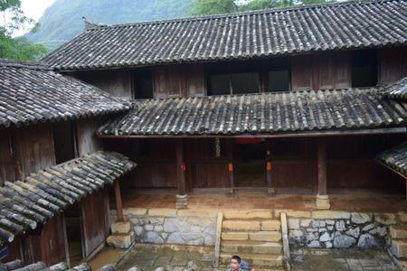 Cao nguyen da Dong Van hut hon trong mat du khach phuong Nam - Anh 14