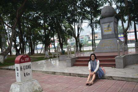 Cao nguyen da Dong Van hut hon trong mat du khach phuong Nam - Anh 1