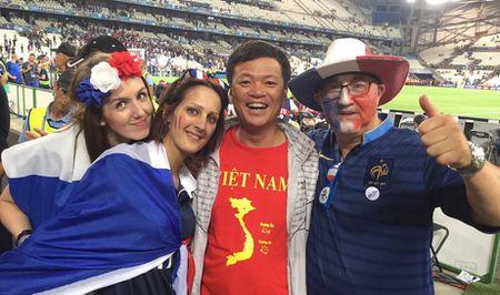 CDV Viet Nam cuong nhiet co vu tran ban ket Euro 2016 - Anh 3