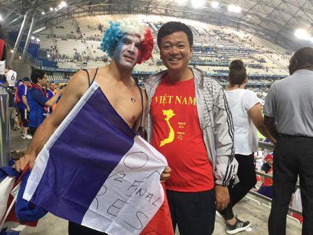 CDV Viet Nam cuong nhiet co vu tran ban ket Euro 2016 - Anh 5