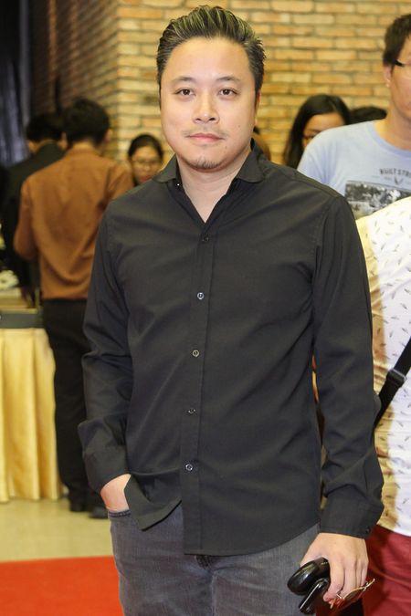 Phuong Trinh Jolie khoe vong eo con kien o su kien - Anh 3
