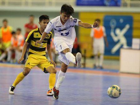 U16 Viet Nam ngai doi thu, Thai Son Nam len duong di Myanmar - Anh 2