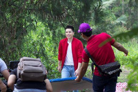 Trinh Thang Binh tiep tuc trinh lang MV 'Anh muon noi' - Anh 8