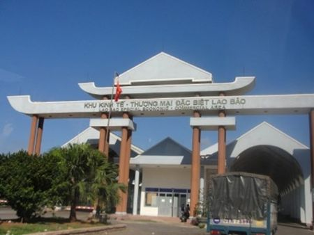Khu kinh te Lao Bao tiep tuc duoc huong chinh sach uu dai ve thue - Anh 1
