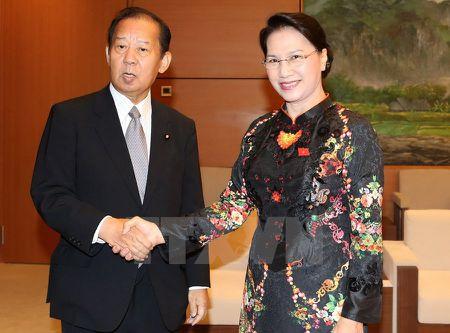 Chu tich Quoc hoi tiep Chu tich Lien minh nghi sy huu nghi Nhat-Viet - Anh 1