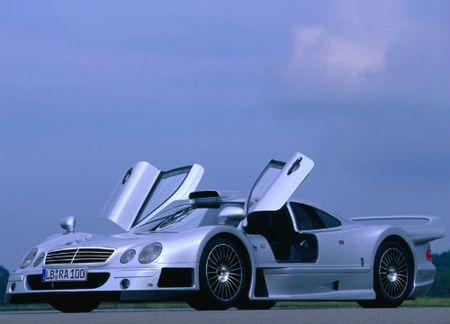 Sieu xe bi mat Mercedes-AMG R50 sap trinh lang - Anh 6