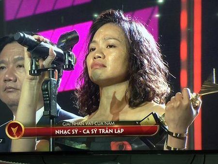 11 khoanh khac dep cua cac ngoi sao tai VTV Awards 2016 - Anh 11