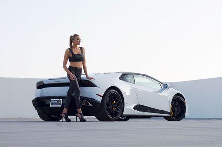 Quy co sexy 'thuan hoa' sieu bo Lamborghini Huracan - Anh 11